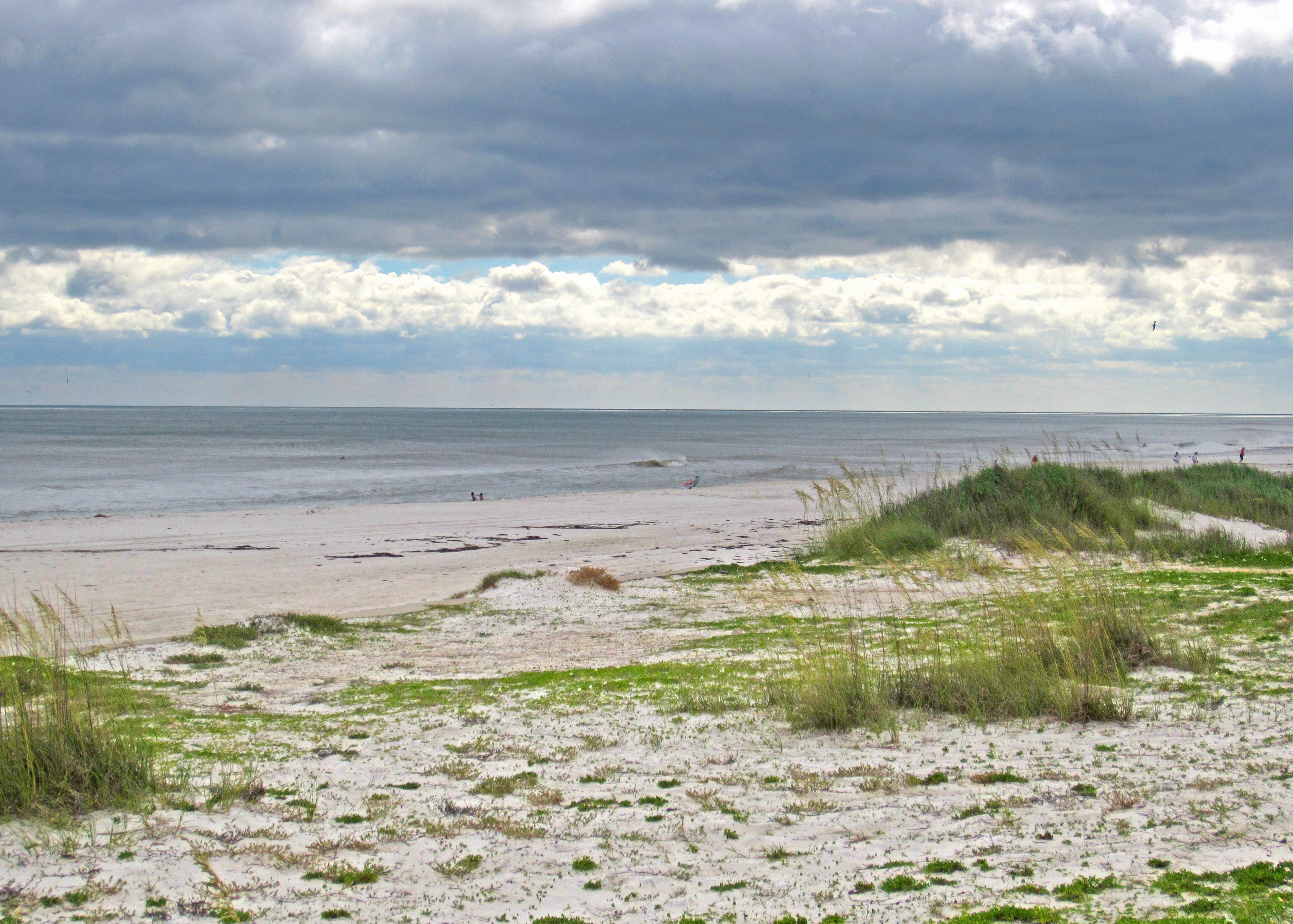 Dunas, hierba y el mar al fondo (Alberto Ruano , Psicólogo en Valencia)